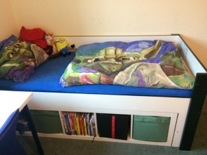 Top Ikea Hack - DIY Kinderbett mit viel Stauraum