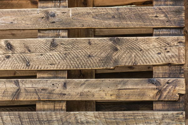 holzpalette-f-r-recycling-m-bel