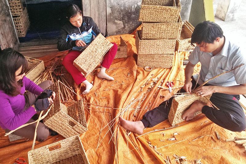 Regalkorb_Produktion_in_Vietnam