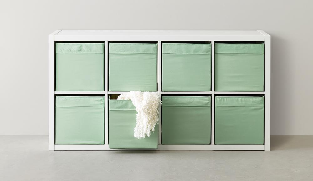 so bewahrst du deine sachen clever und platzsparend auf. Black Bedroom Furniture Sets. Home Design Ideas