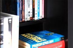 Regaleinsatz für Bücher und DVDs