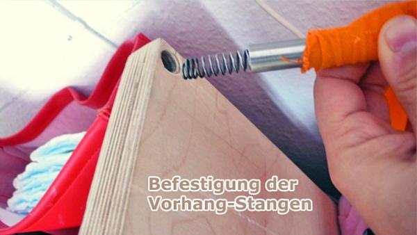 befestigung_der_vorhang_stangen_in_seitenteil
