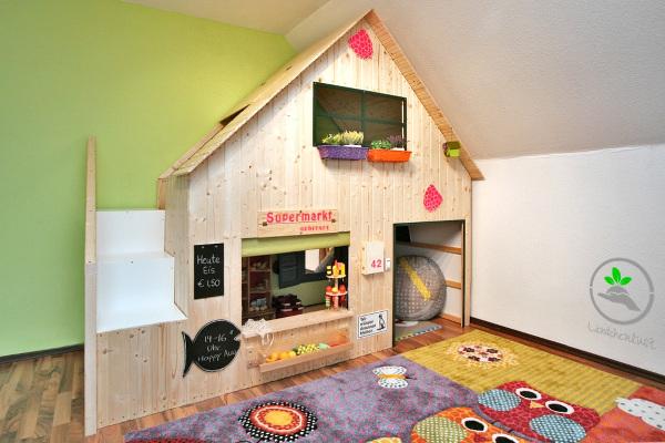 Spielhaus_mit_Ikea_Kura_Bett