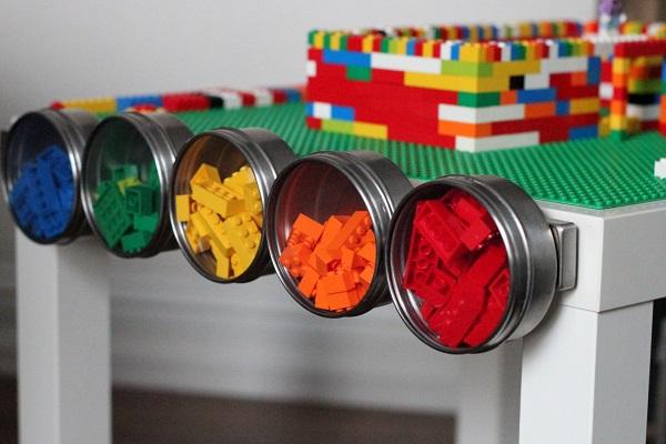 Malm_Tisch_fuer_Lego