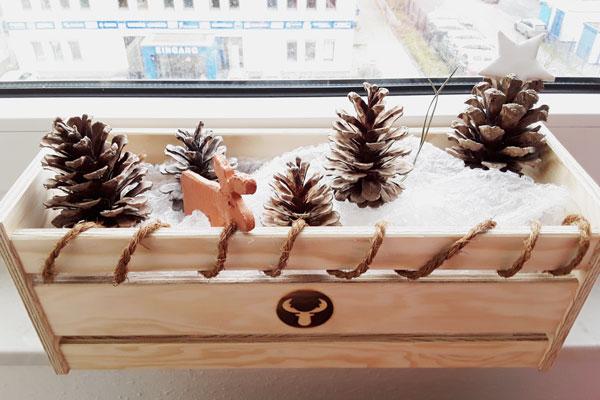 Holzkiste_Weihnachtsdeko_mit_Elch-Kopie