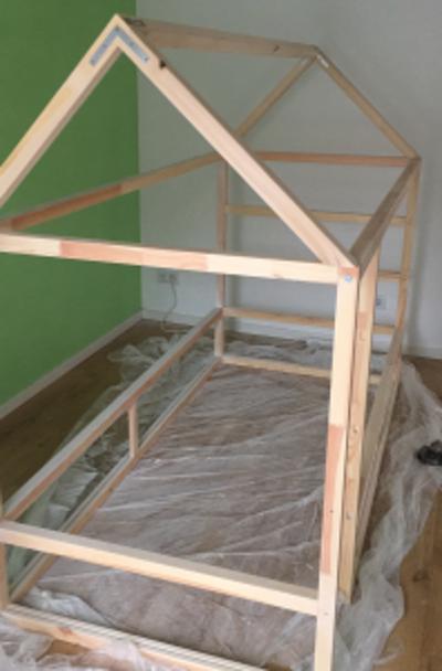 So Wird Aus Einem Ikea Kura Ein Tolles Kinderbett Mit Dach New