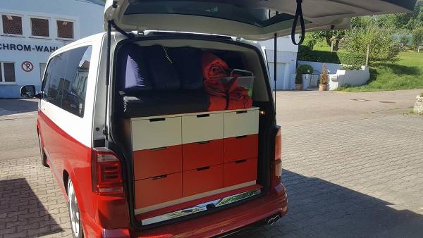 Kleinbus_mit_Ikea_Nordli