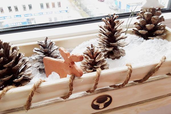 Holzkiste_mit_Weihnachtsdeko-Kopie