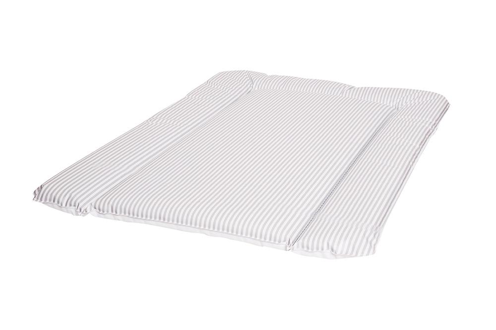 diese schmale wickelauflage passt perfekt zu ikea kommoden wickelaufs tzen new swedish design. Black Bedroom Furniture Sets. Home Design Ideas
