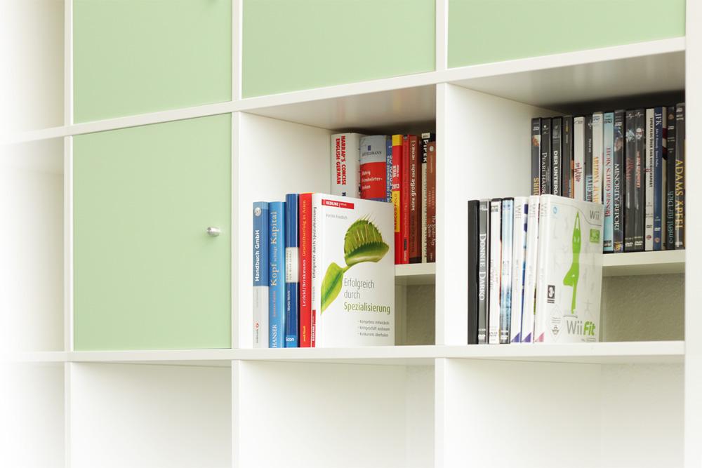 TRAPPSTEG Ikea Kallax Regal DVD- und Bluray-Einsat