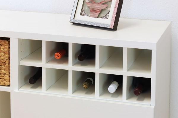 Flascheneinsatz im Ikea Besta Regal