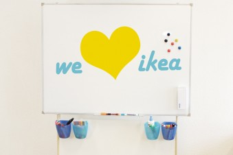 Ikea Büro Hack: Mobiler Whiteboard-Ständer für unter 24 Euro