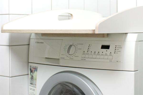 universaler_wickelaufsatz_auf_waschmaschine_in_weiss549830c8318d4