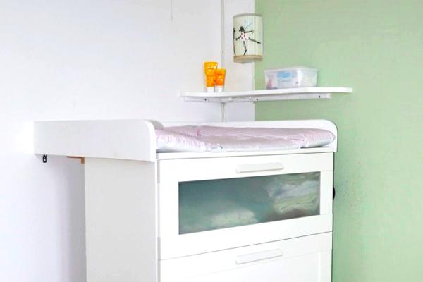 ganz fix zur selbstgebauten wickelkommode | new swedish design, Hause deko