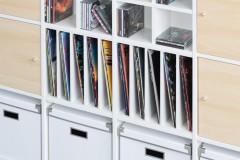 Schallplatten in weißen Kallax Regal