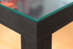 Tischplatte mit polierten Kanten